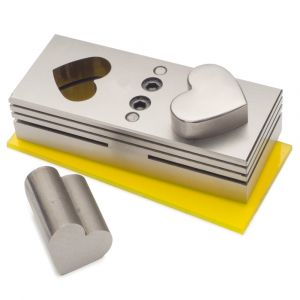 Large Heart Disc Cutter Set with Storage Box