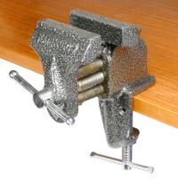 Clamp-On Bench Vise
